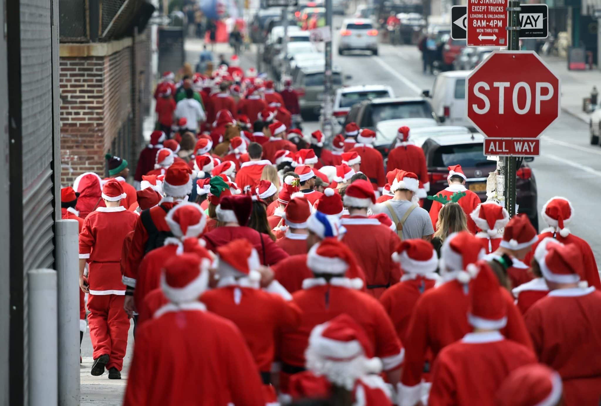 Travel Santas